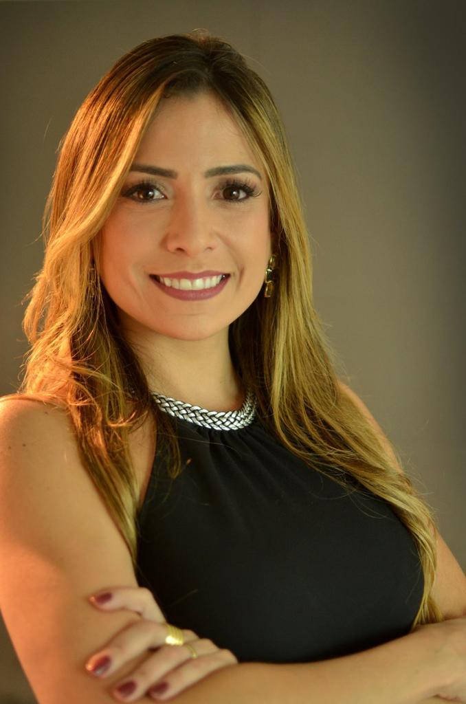 A advogada Mariana Lima fez uma LIVE sobre Marketing Empresárial