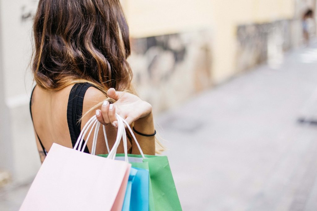 Black Friday: Psiquiatra dá dicas para controlar as compras impulsivas