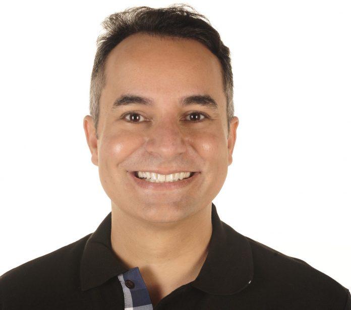 Marcelo Moraes, diretor de marketing do Rio Othon Palace, é considerado um dos reis da noite carioca