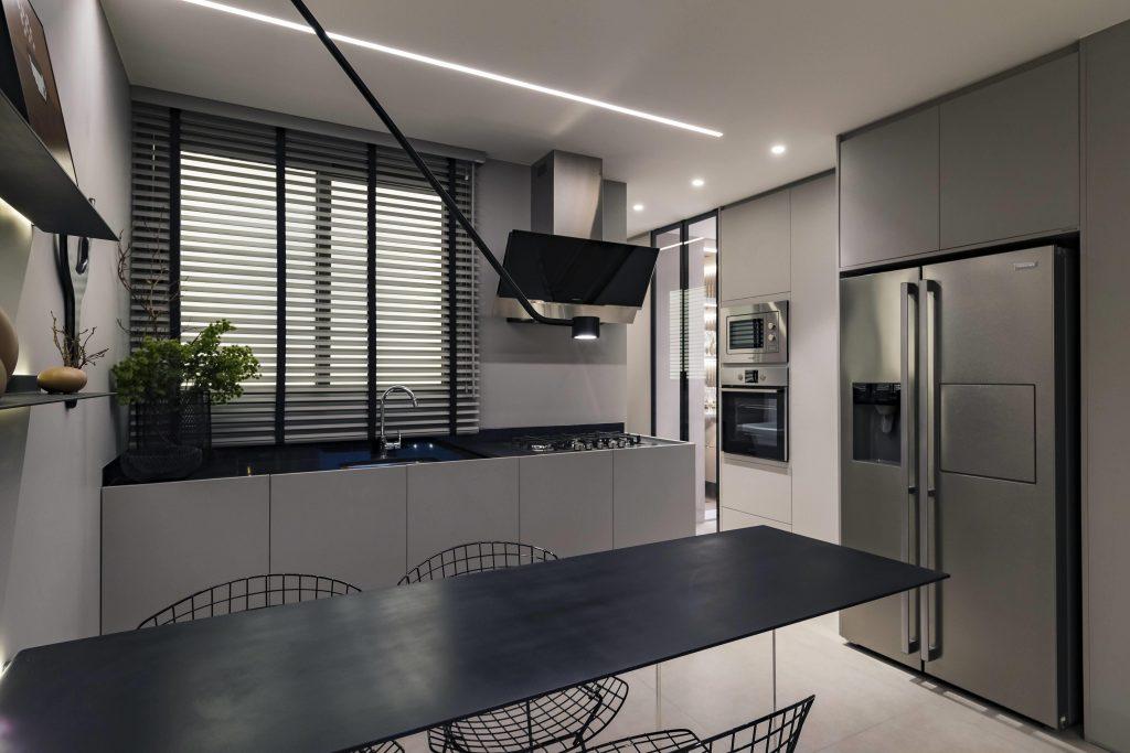 Decoração: como utilizar as cores de 2021 em casa